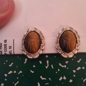 """Jewelry - Vintage """"Scarab"""" Brown and Silver Clip Earrings."""